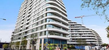 伦敦巴特西豪华全新出租 两室一厅一厨两卫